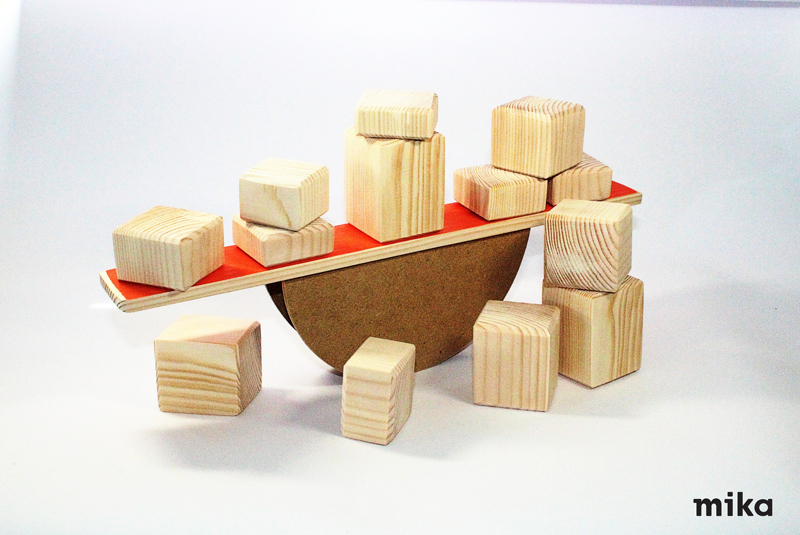 Balans-kockice-mika-toys
